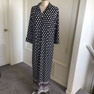 Chico's maxi dress size 2x. Black button front EUC